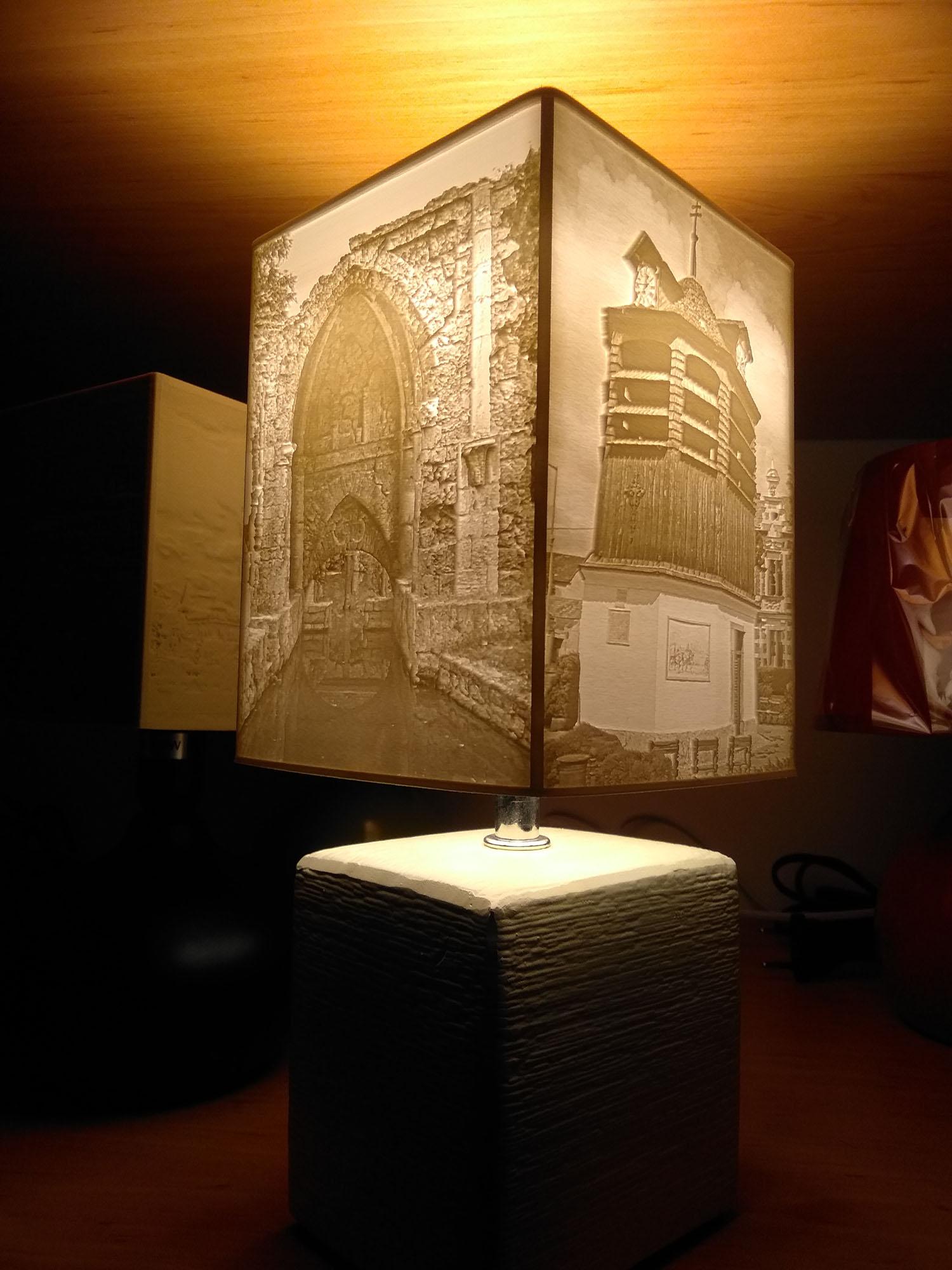 Egylámpa.hu - Egyedi fényképes ajándékok - Egyedi fényképes lámpa - Emléklámpa